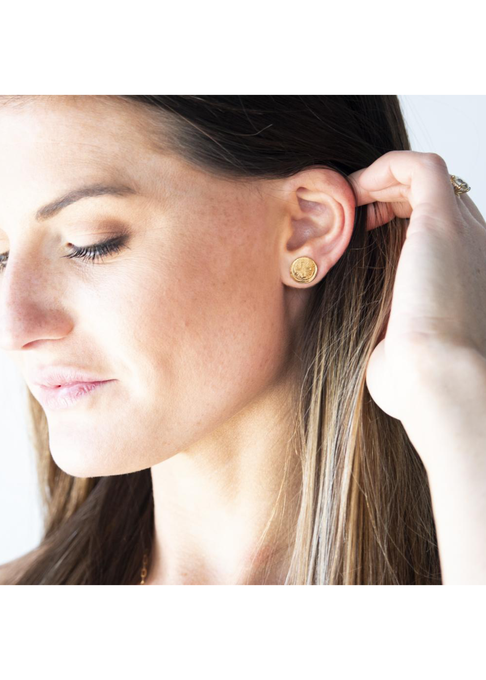 Susan Gordan Be Strong & Courageous Earring