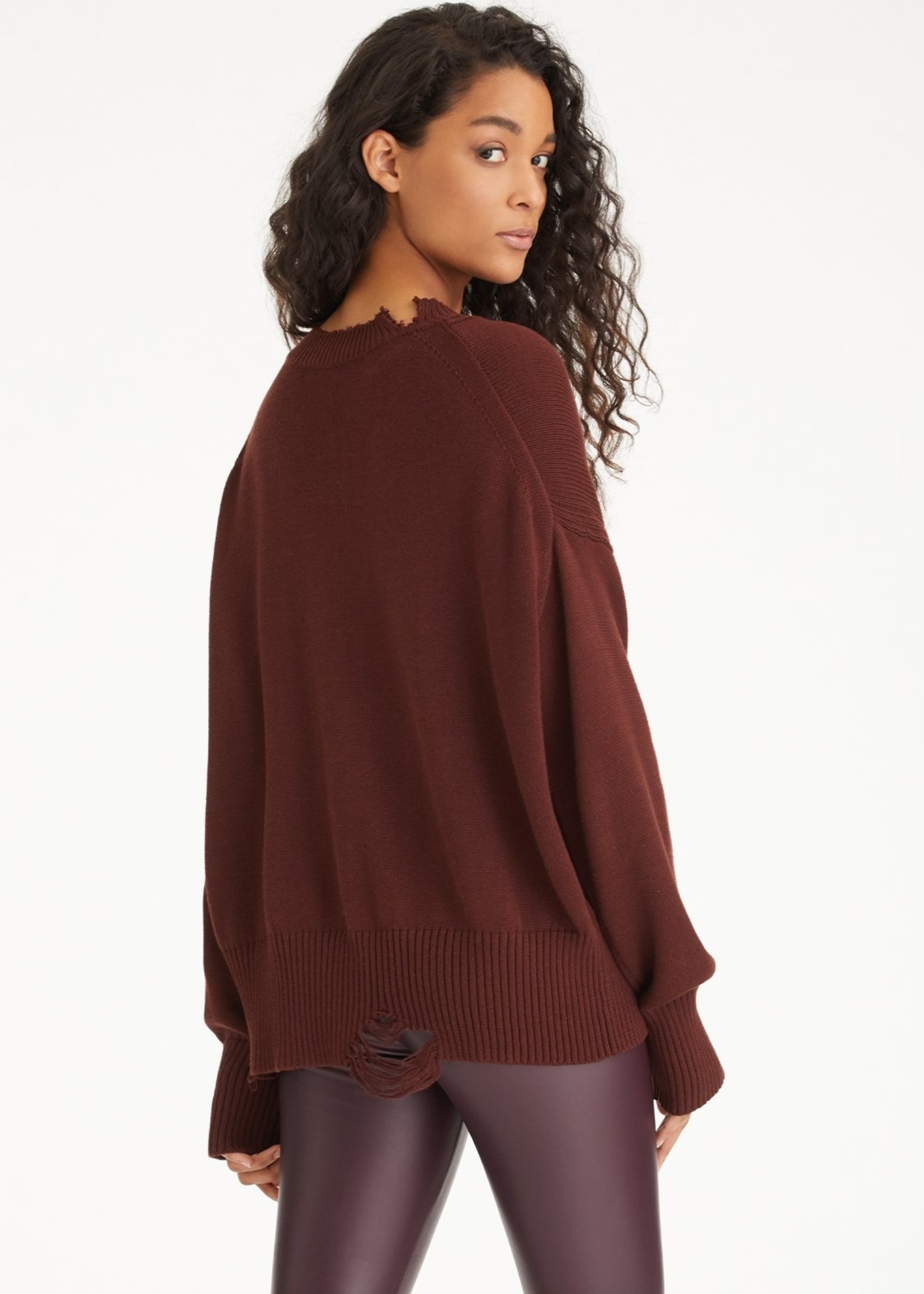 525 America Distressed Toasted Almond Pullover