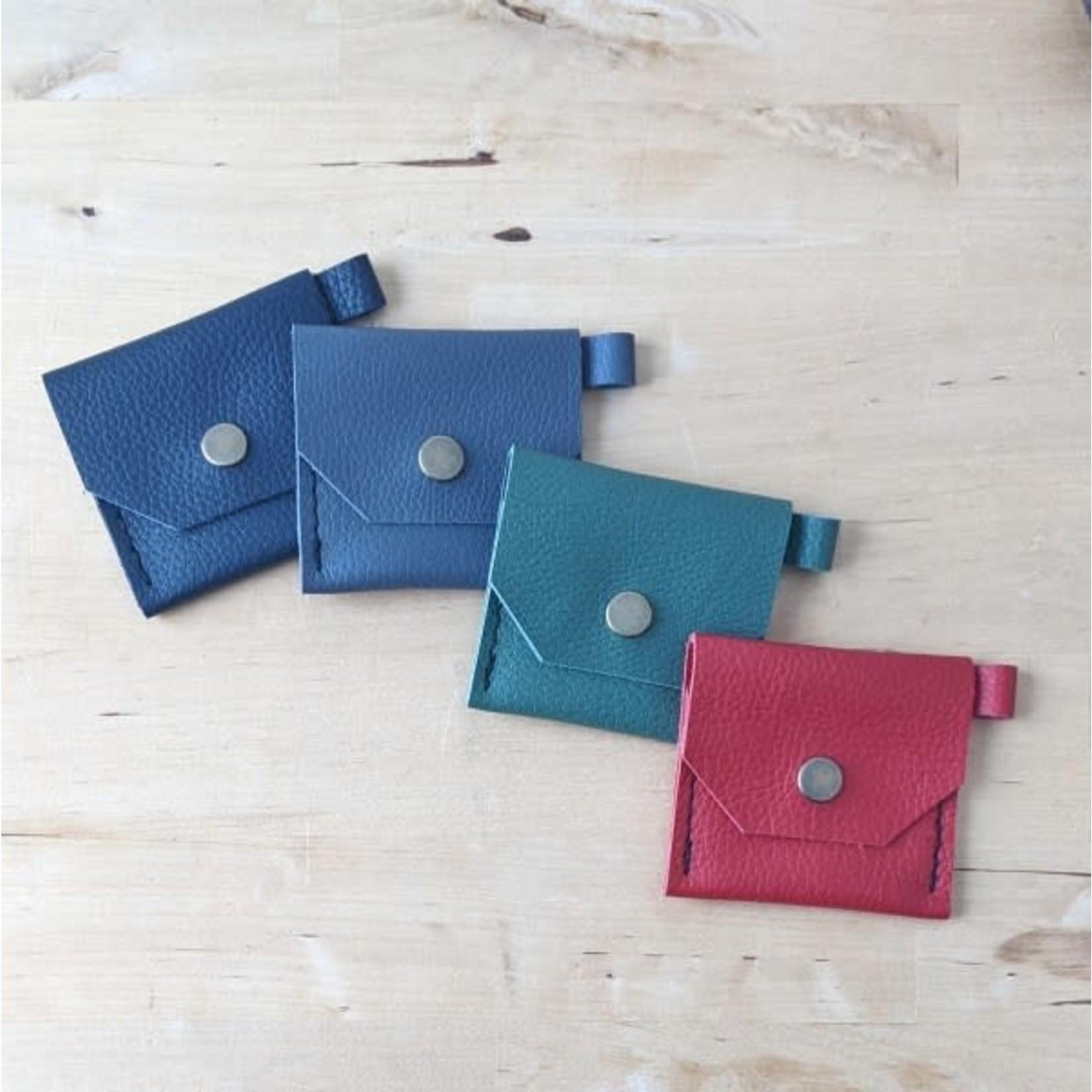 Her Leather Co. Belle Pocket