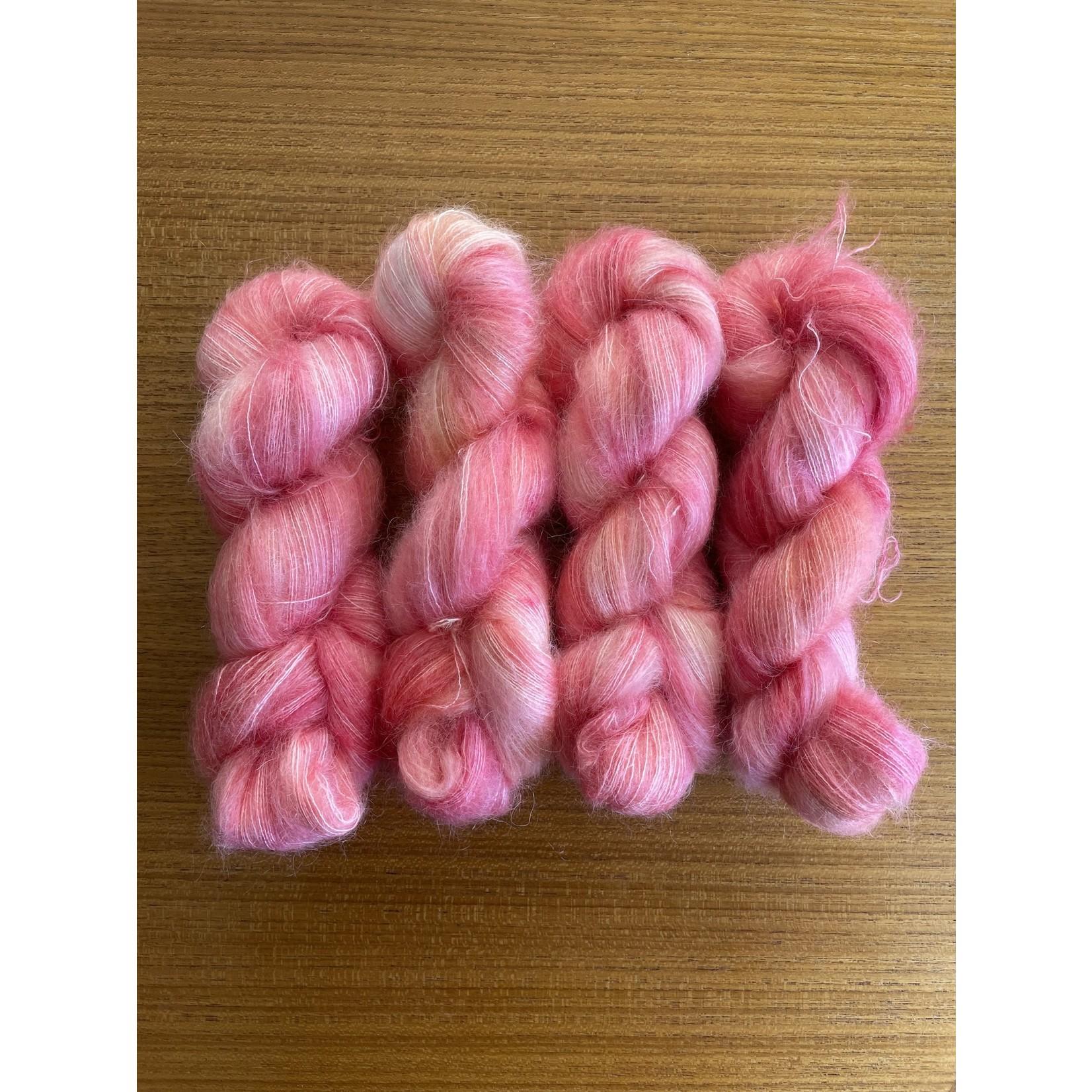Yarn Twisters Yarn Twisters Remi
