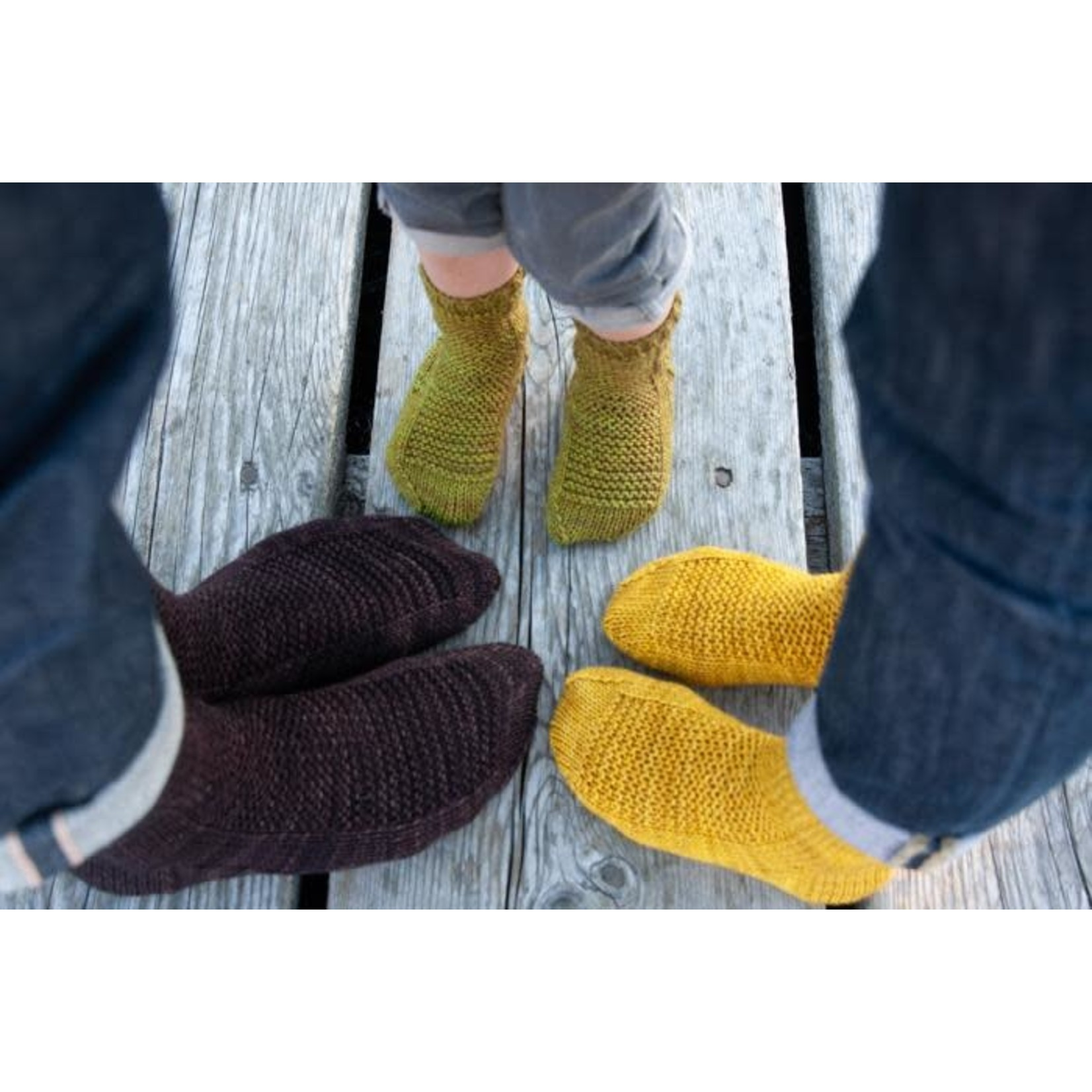 Yarn Twisters Socks: Cuff Down