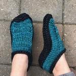 Yarn Twisters Learn to Knit Slippers