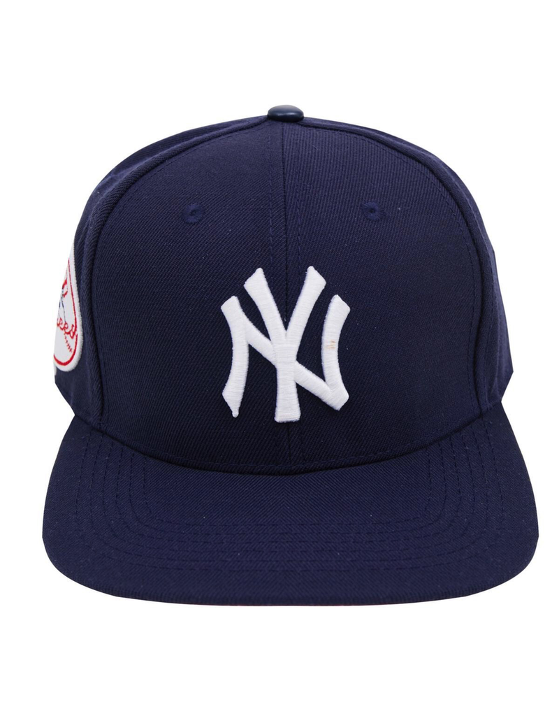 PRO STANDARD NEW YORK YANKEES LOGO SNAPBACK HAT