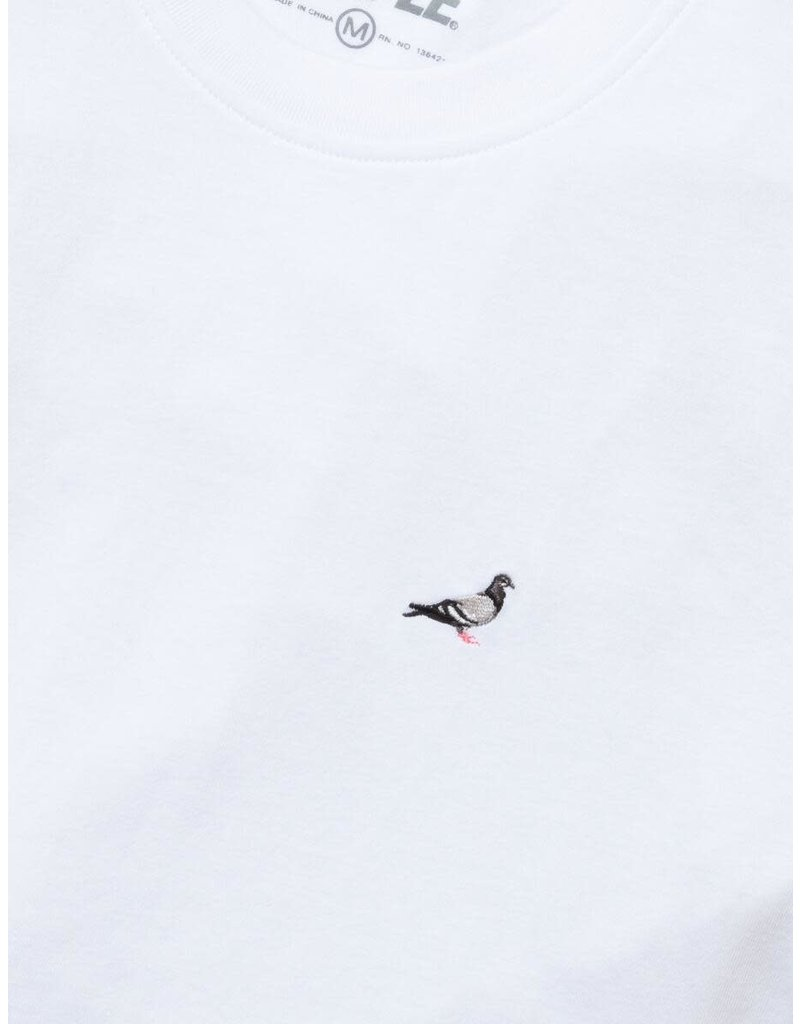 STAPLE WHITE EMBROIDERED PIGEON TEE