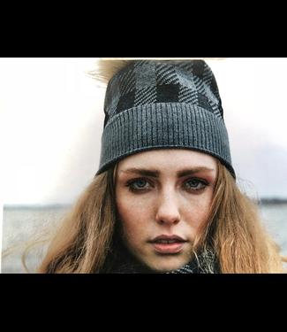 Canadian Hat Company Ltd. Canadian Hat Plaid Toque, RED PLAID, O/S