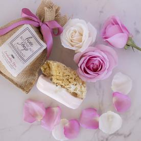 LUX BOTANICALS SOAPS SOAP W/SPONGE ENCHANTING ROSE