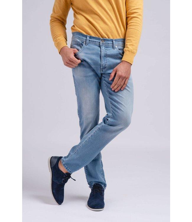 SMF SMF Relaxed Skinny Leg Jean