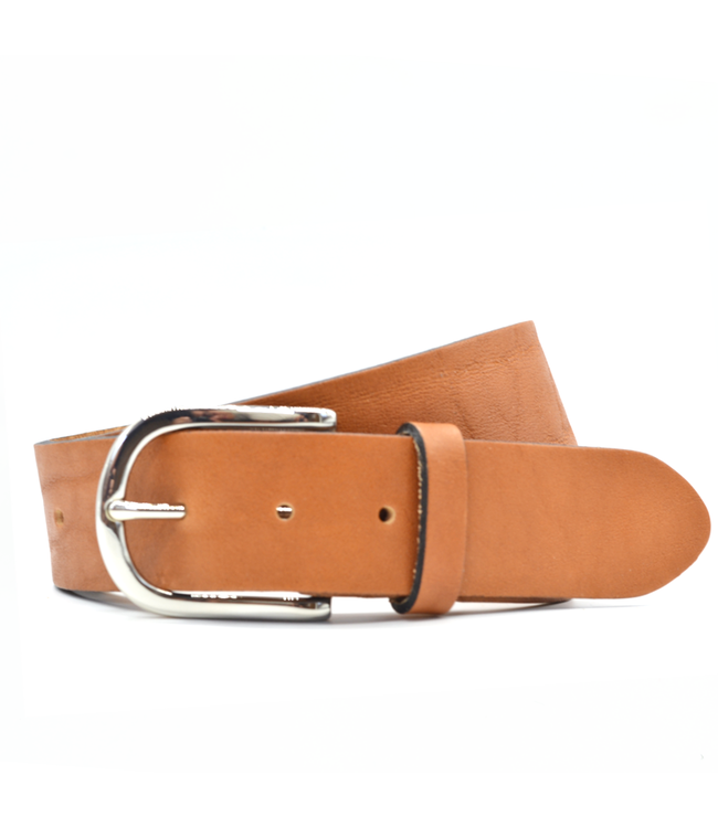 Curated Basics Wide Tan Leather Belt with Silver Buckle
