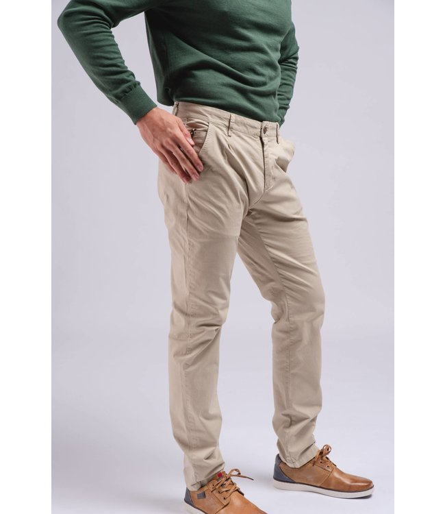SMF One Pleat Casual Chino