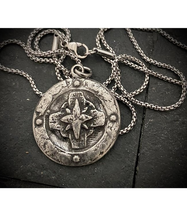 Johnny Ltd. Compass Pendant Necklace