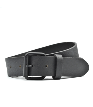 Curated Basics Black Leather On Black Buckle