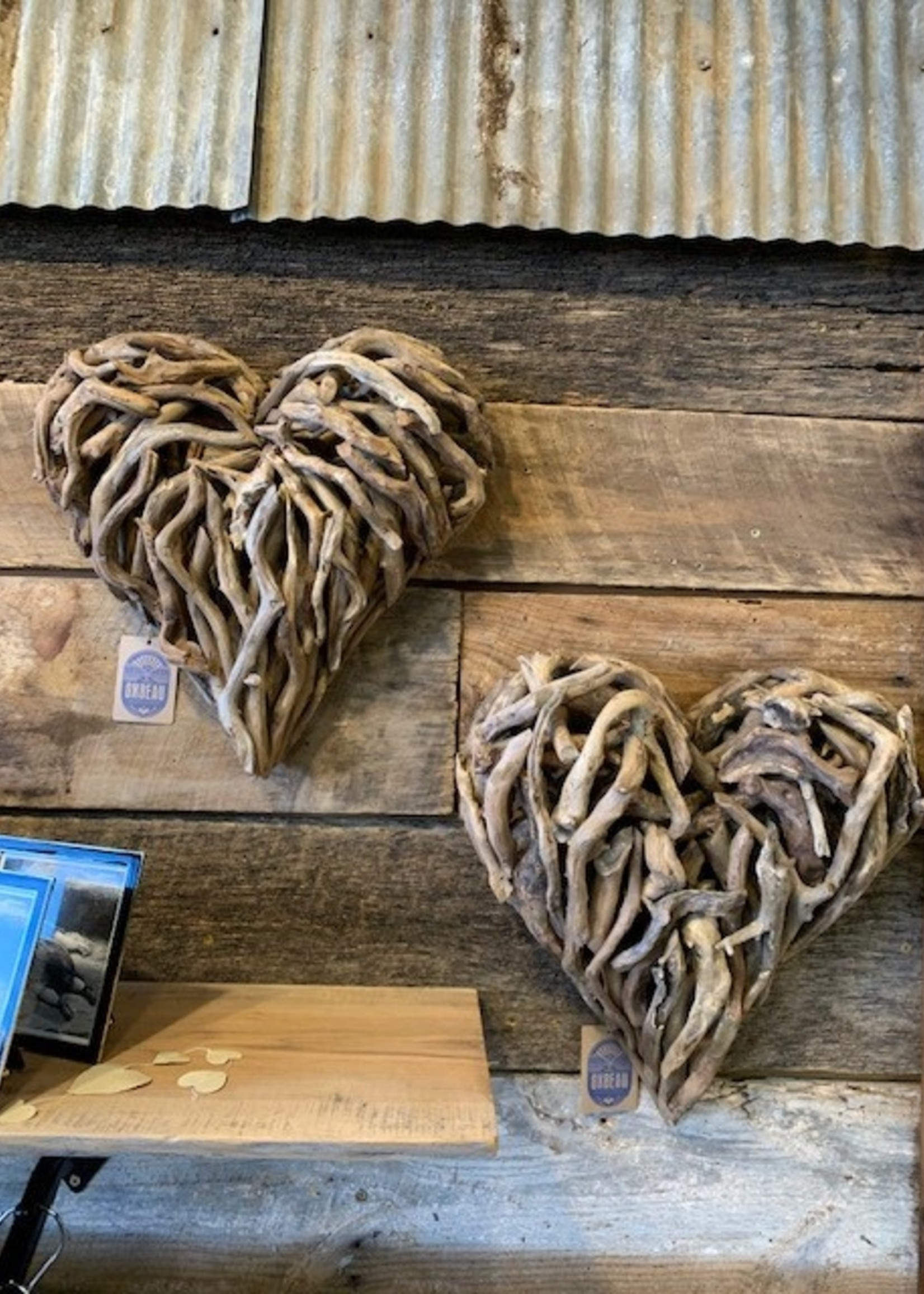 Sugarboo & Co Small Driftwood Heart 16 x 16