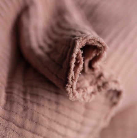 Merchant & Mills Merchant & Mills Edie Pink Wobble Gauze Cotton