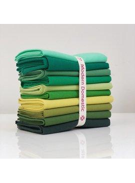 Robert Kaufman Kona Fat Quarter Bundle: Greens 10pc