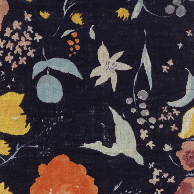 Nani Iro Nani Iro Black Floral Linen Sheeting