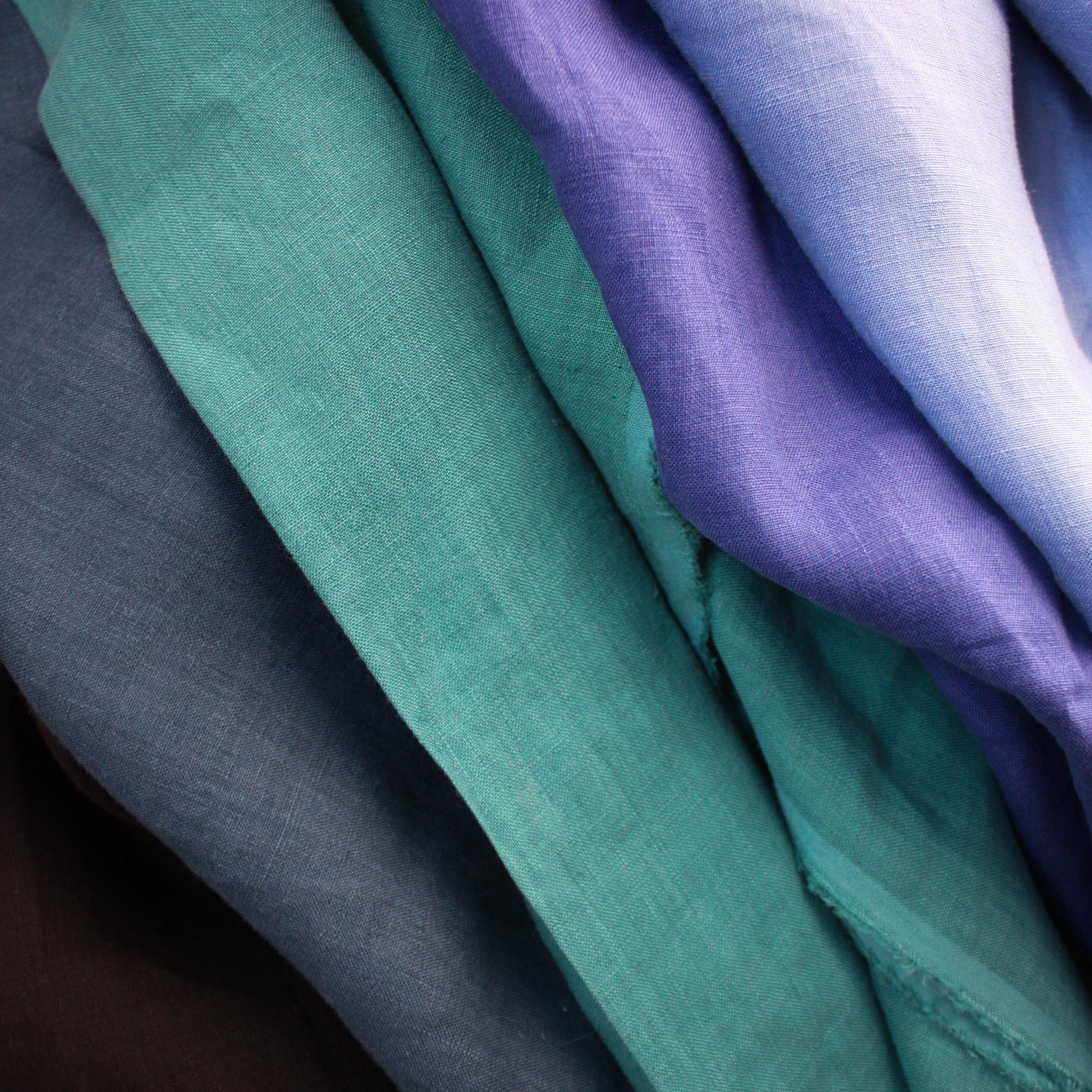 Nani Iro Nani Iro Turquoise Linen Sheeting