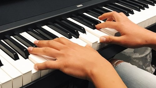 Piano lessons at Town Center Music
