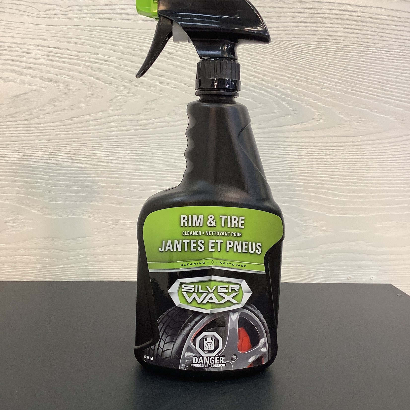 Car Rim and Tire Cleaner