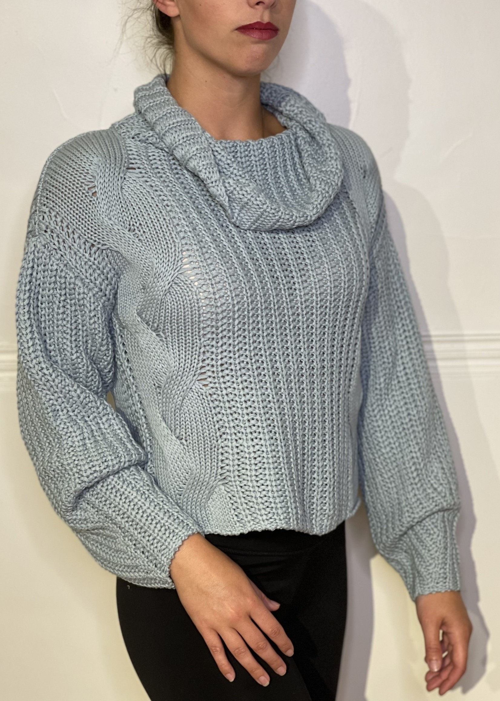 525 America Turtleneck Shaker w Cable