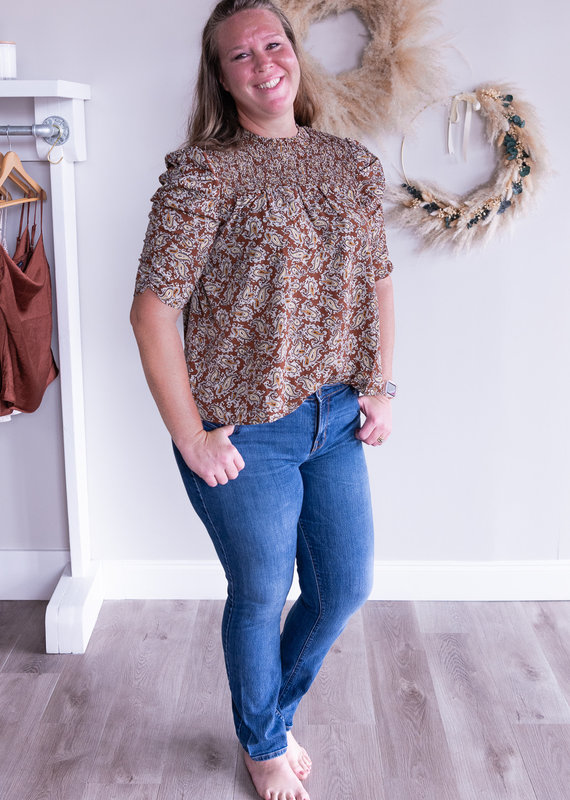 Paisley Ruched Sleeve