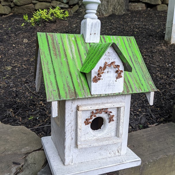 HOUSES NATURE CREATIONS BARN WOOD BIRD HOUSE W/TIN ROOF #53 GREEN ROOF