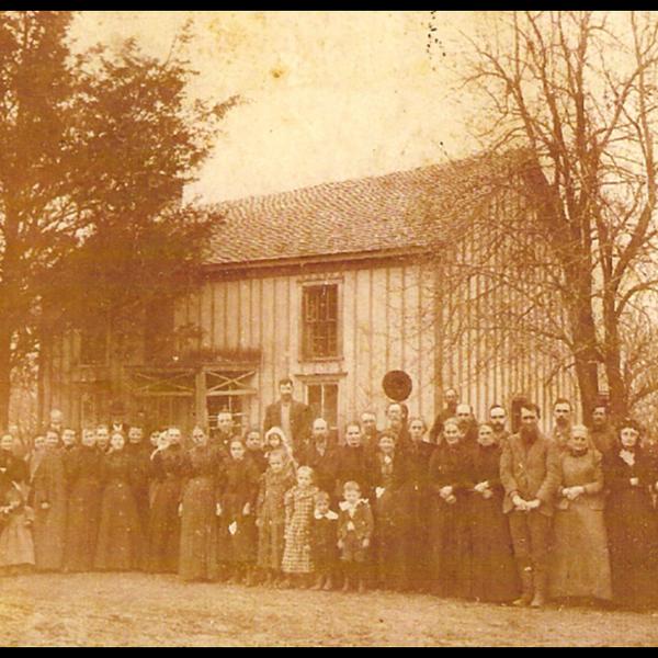 HOUSES NATURE CREATIONS BARN WOOD BIRD HOUSE W/TIN ROOF #52 YELLOW