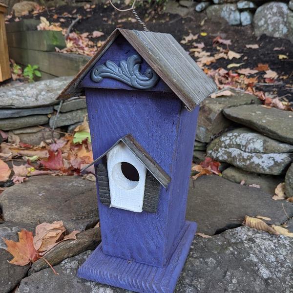 HOUSES NATURE CREATIONS BARN WOOD BIRD HSE W/TIN ROOF #47 PURPLE