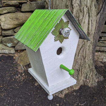 HOUSES NATURE CREATIONS BARN WOOD HANGING BIRD HOUSE #63 GREEN ROOF
