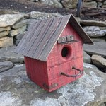 HOUSES NATURE CREATIONS BARN WOOD HANGING WREN HOUSE #21 RED