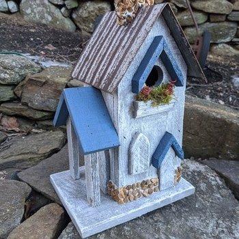 HOUSES NATURE CREATIONS BARN WOOD BIRD HOUSE #14 WHITE W/BLUE TRIM