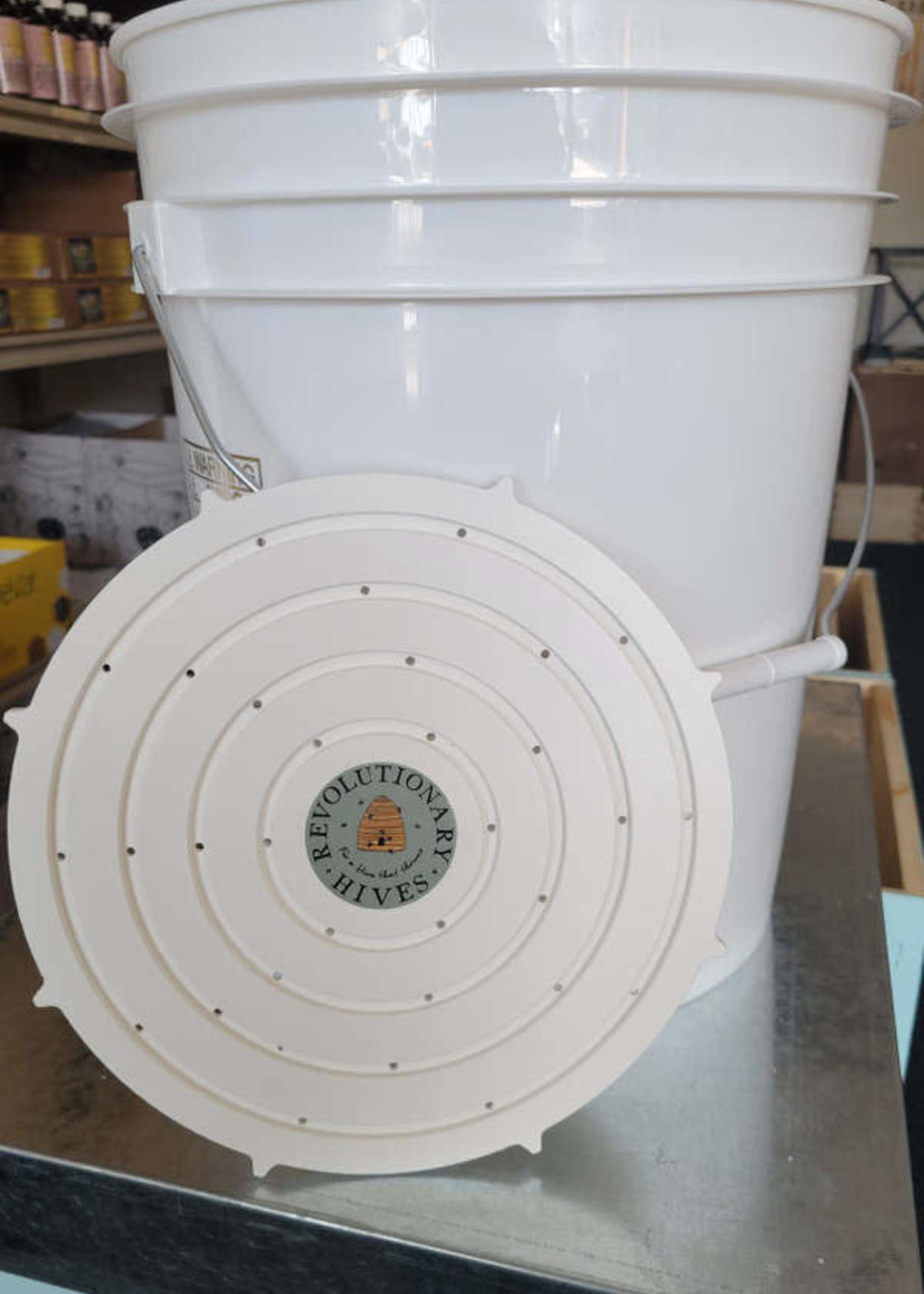 Revolutionary Hives Bucket Bee Raft for 5 gallon Bucket