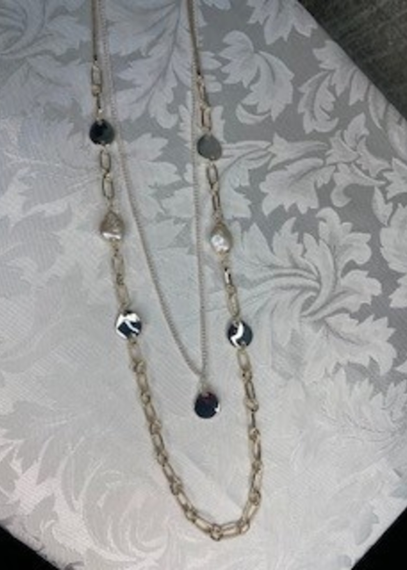 MERX 06-4862 CHAIN NECK WITH WHITE WATER PEARLS