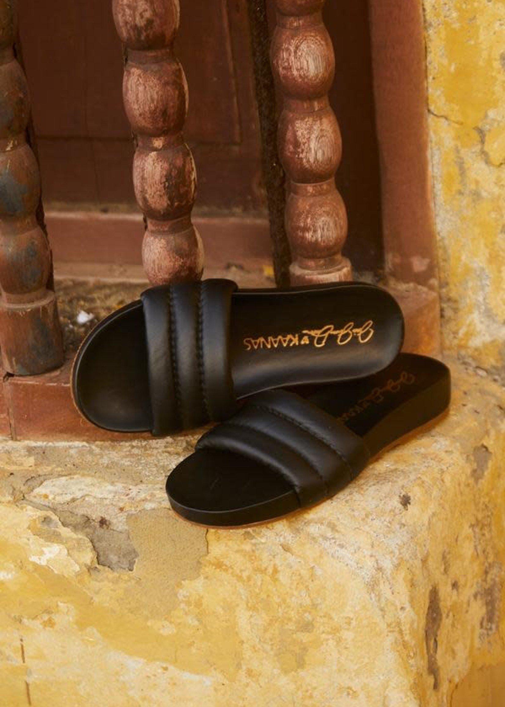 Elitaire Boutique Timor Black Chunky Pool Slide