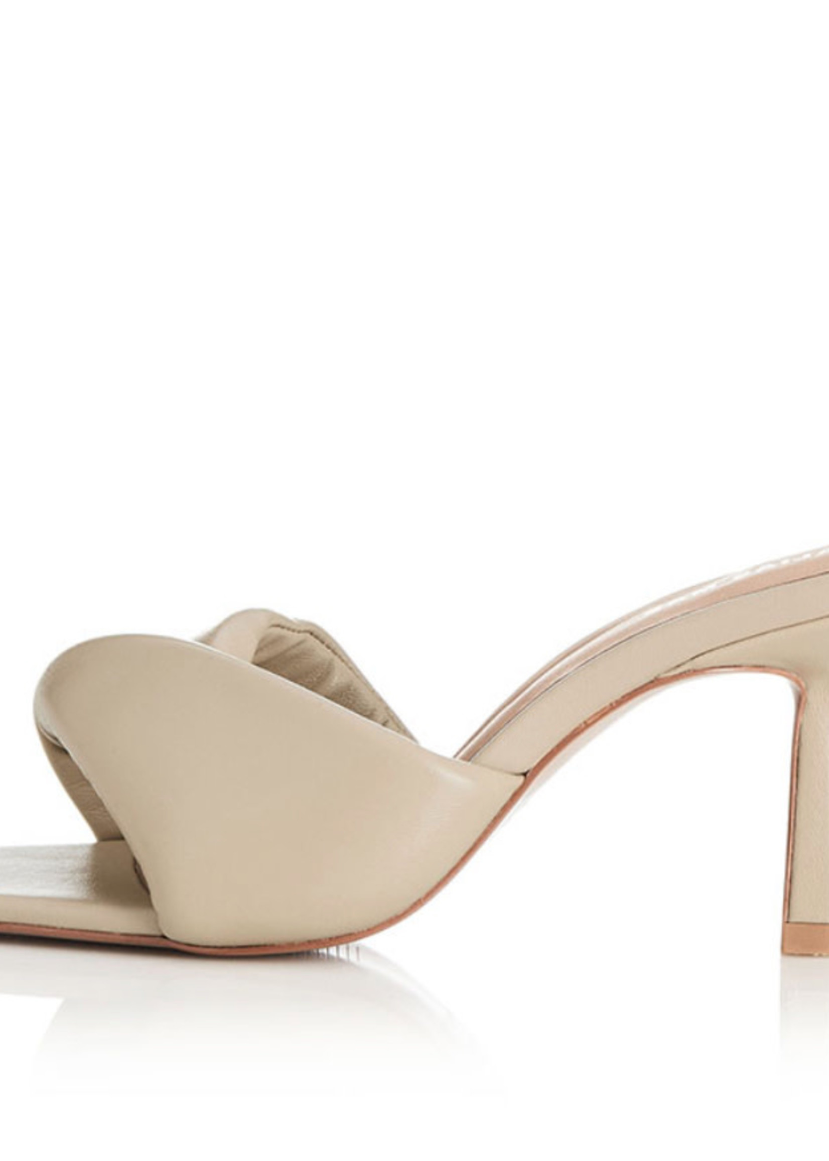 Elitaire Boutique The Liv in Nude