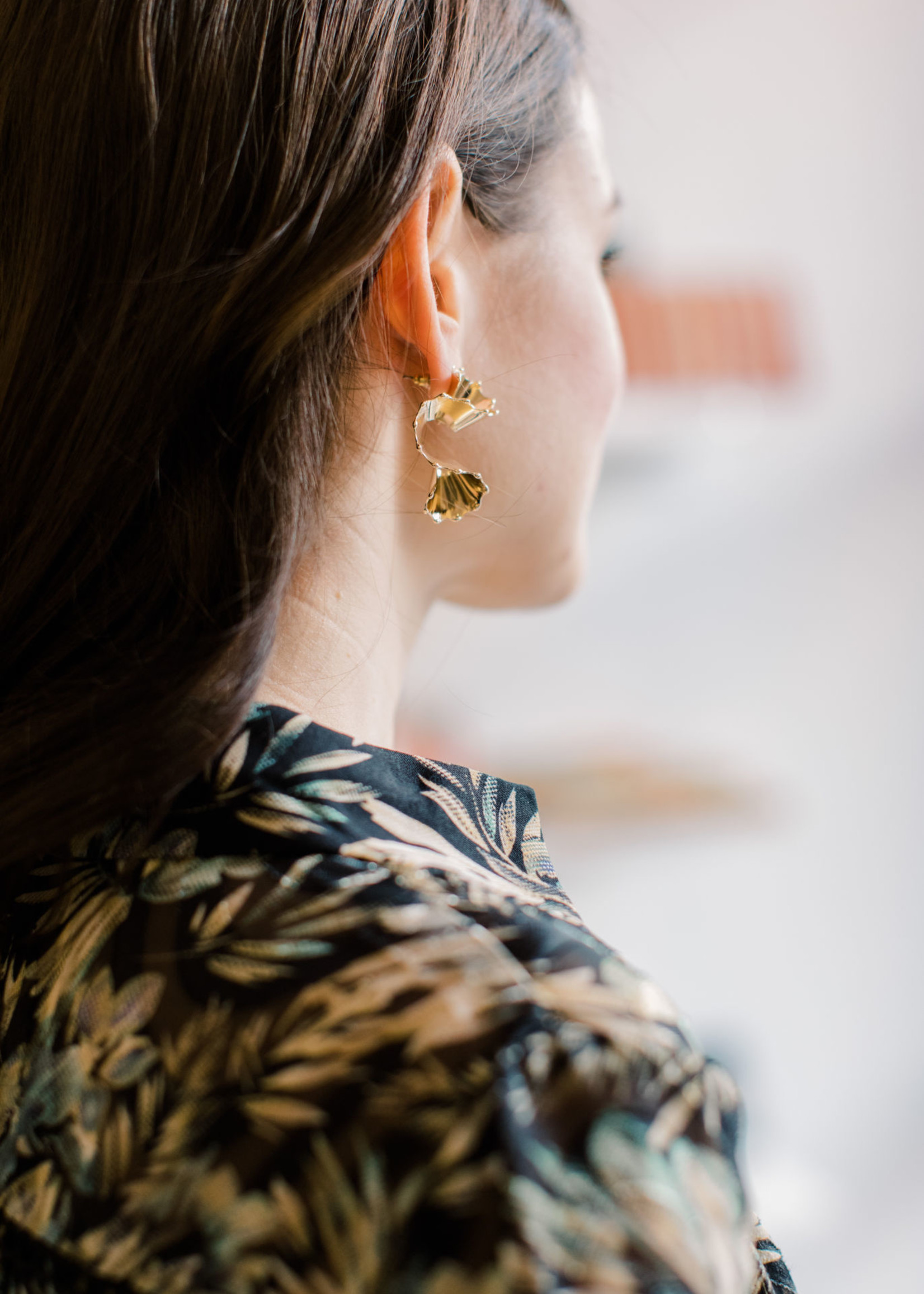Elitaire Boutique Luxe Wave Earring