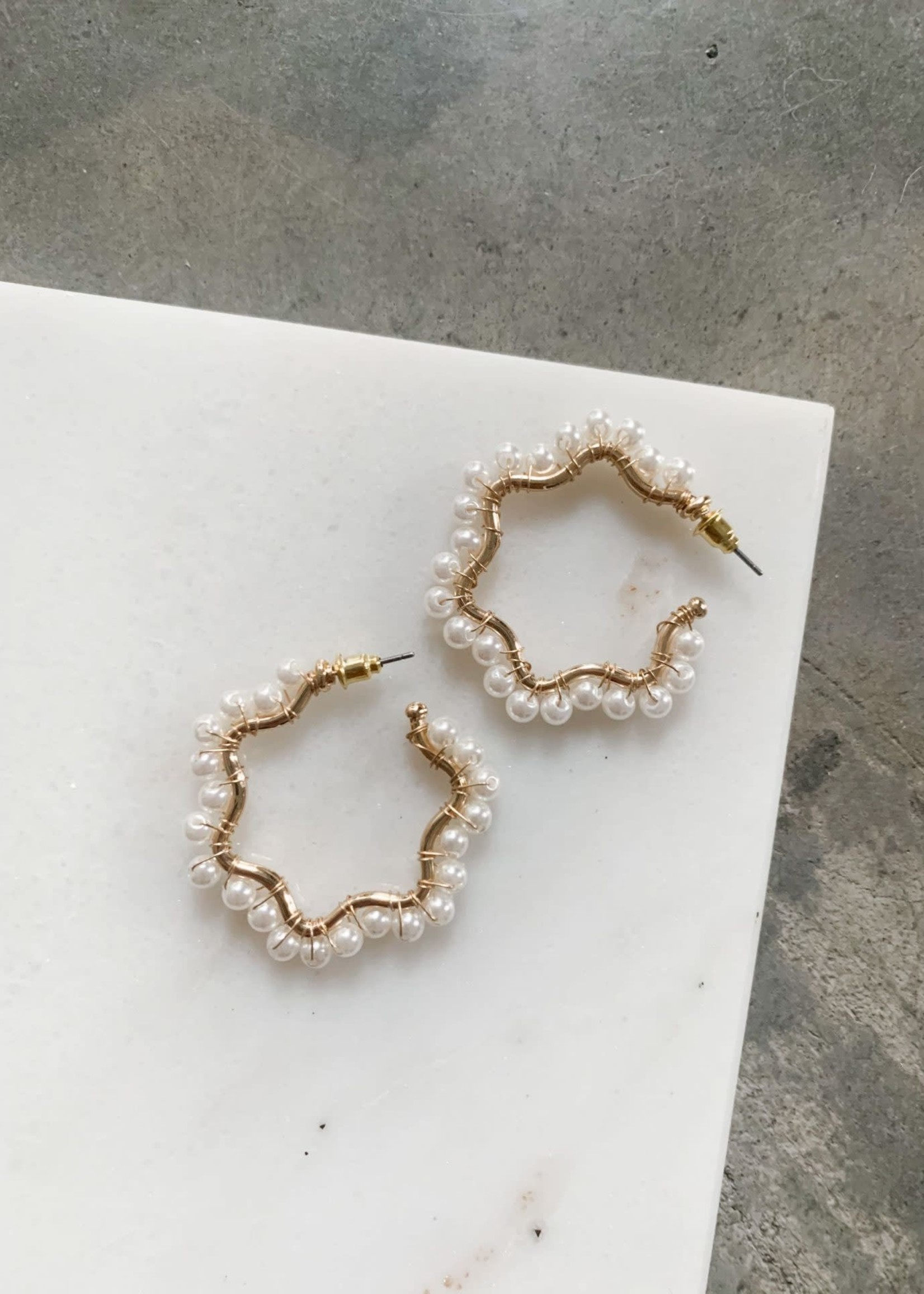 Elitaire Boutique Pearl Cluster Hoops