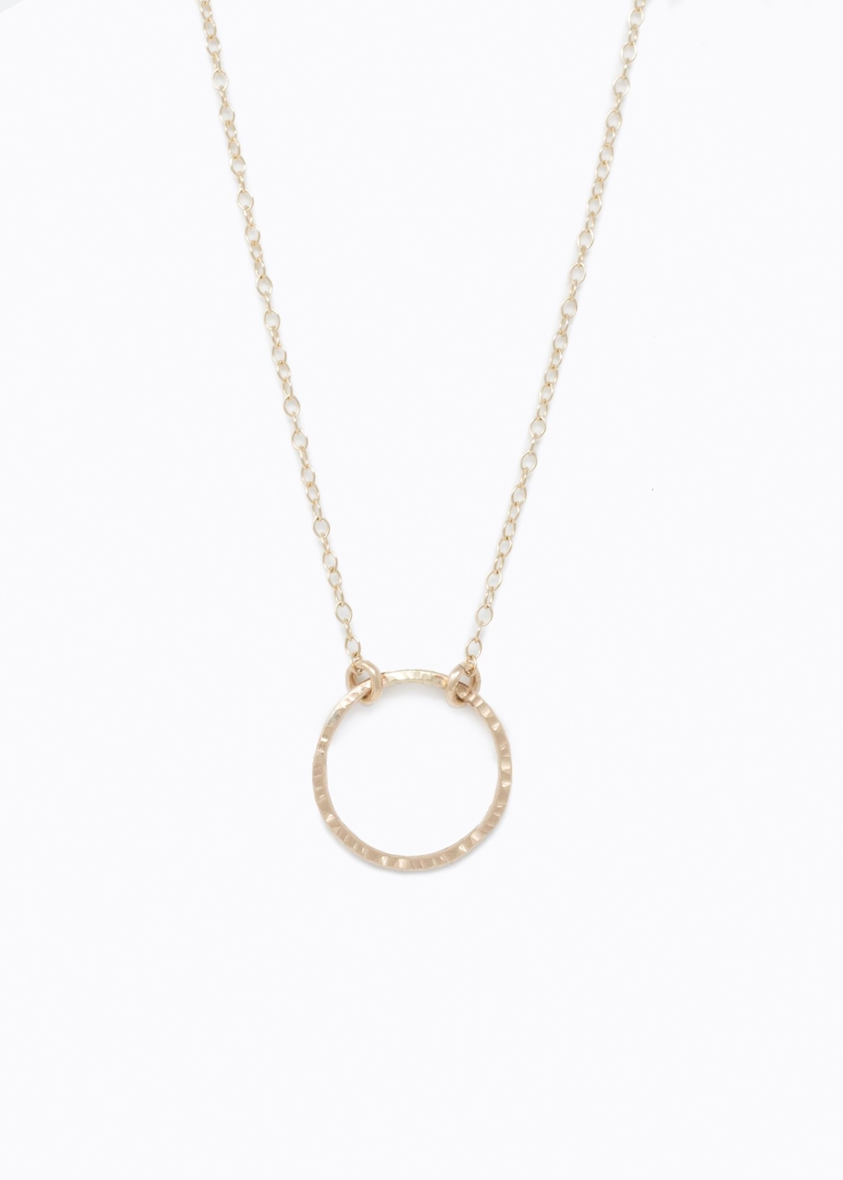 Elitaire Boutique Floating Circle Necklace