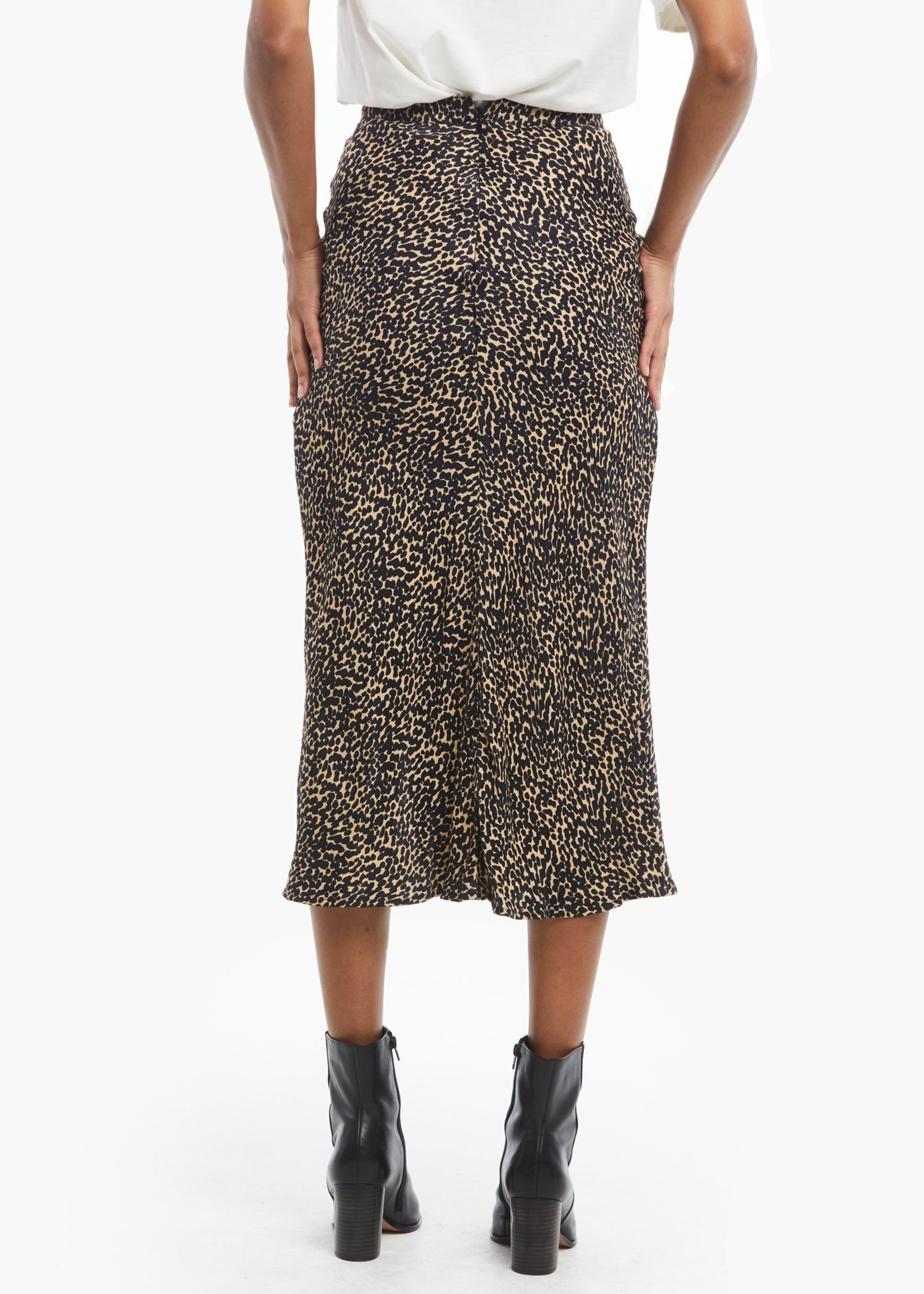 Elitaire Boutique Rene Leopard Midi Skirt