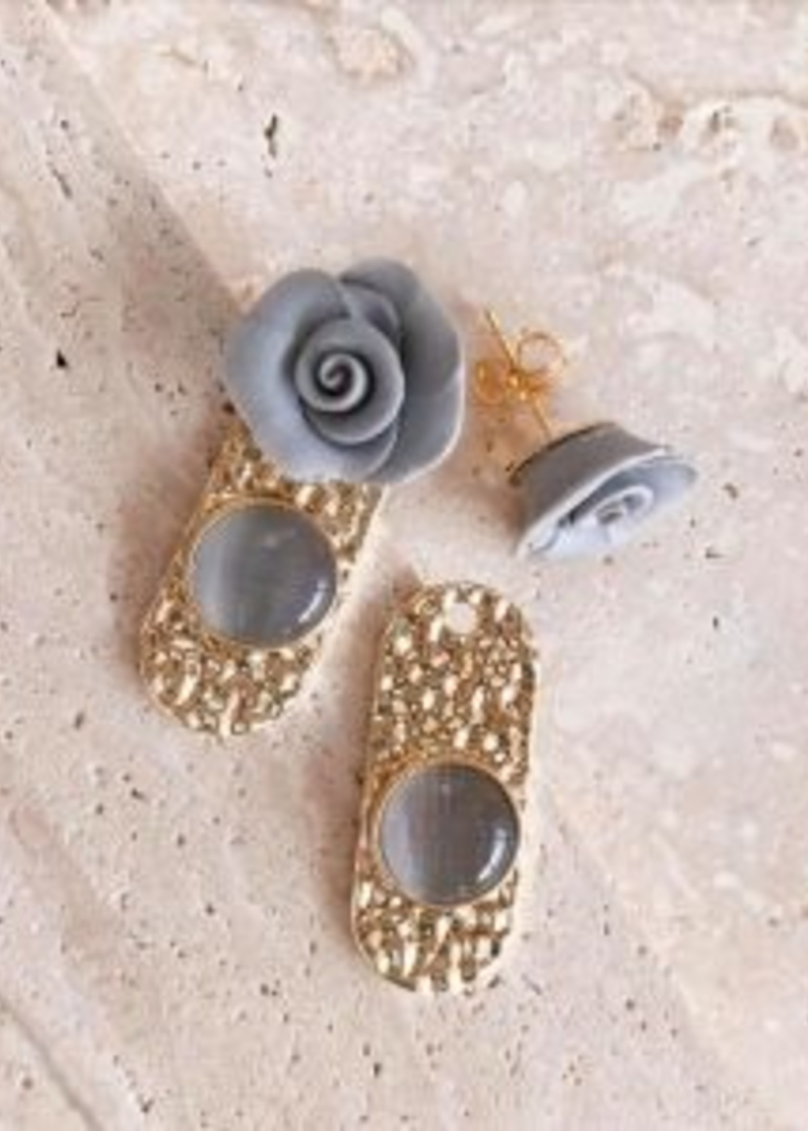 Elitaire Boutique Folly Earring