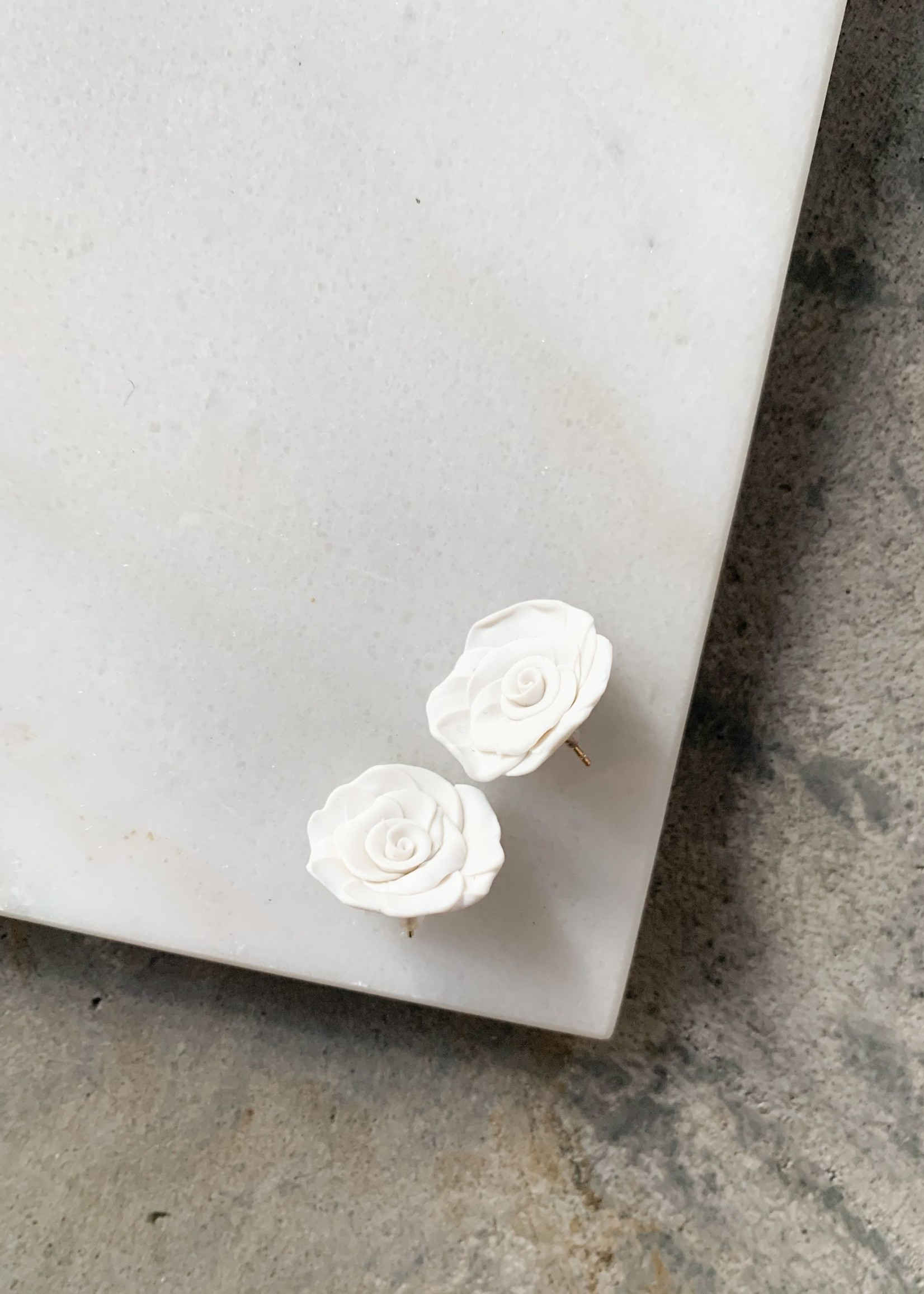 Elitaire Boutique Rose Studs