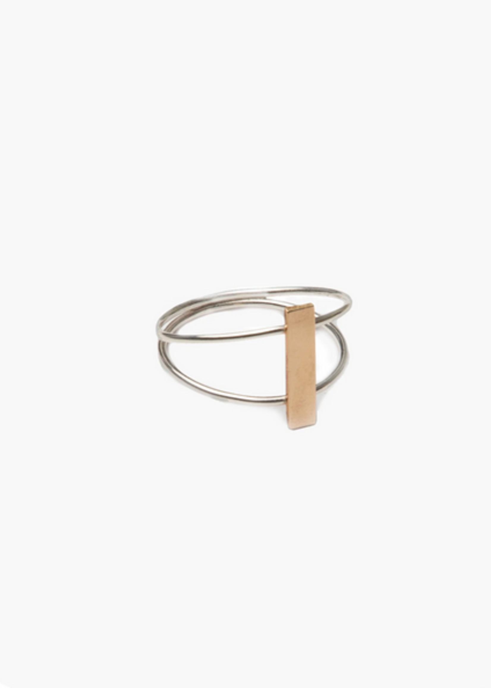 Elitaire Boutique Bridge Ring