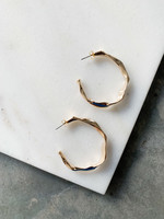 Elitaire Boutique Large Wavy Gold Hoops