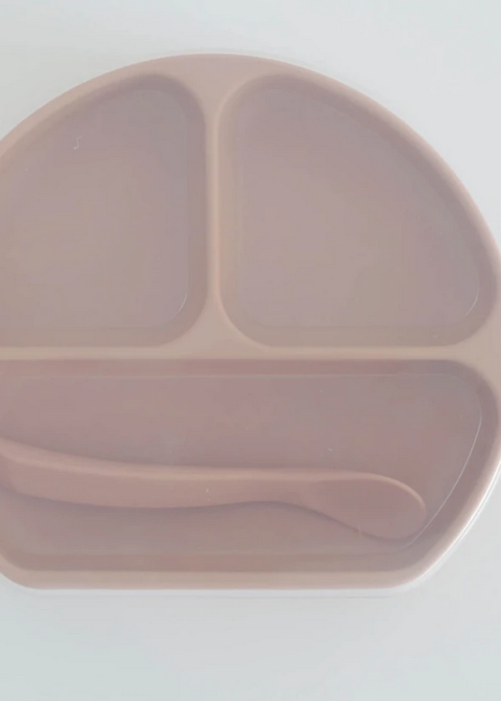 Elitaire Petite Peach Silicone Suction Plate with Lid + Spoon