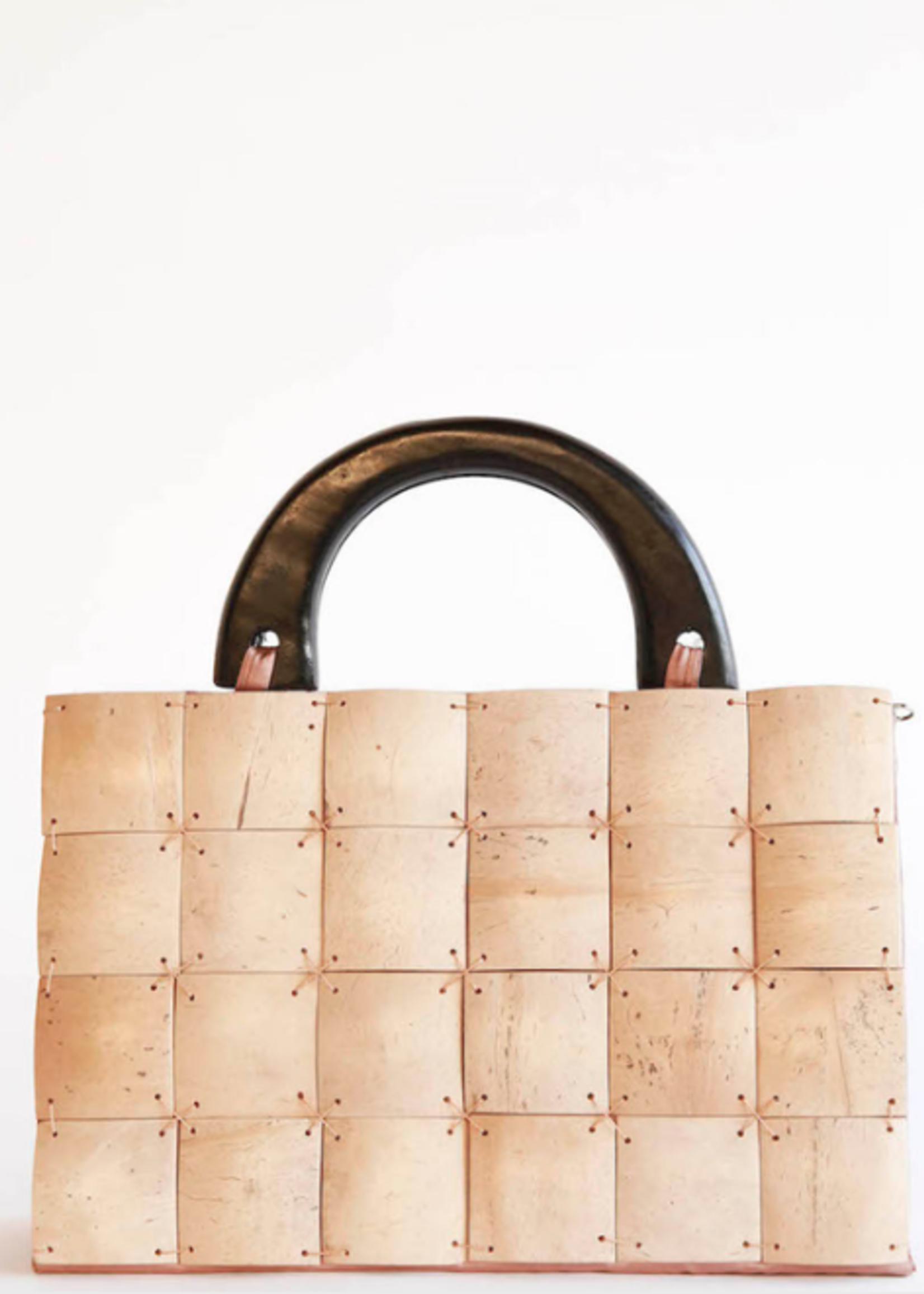 Elitaire Boutique Large Cream Coconut Shell Handbag