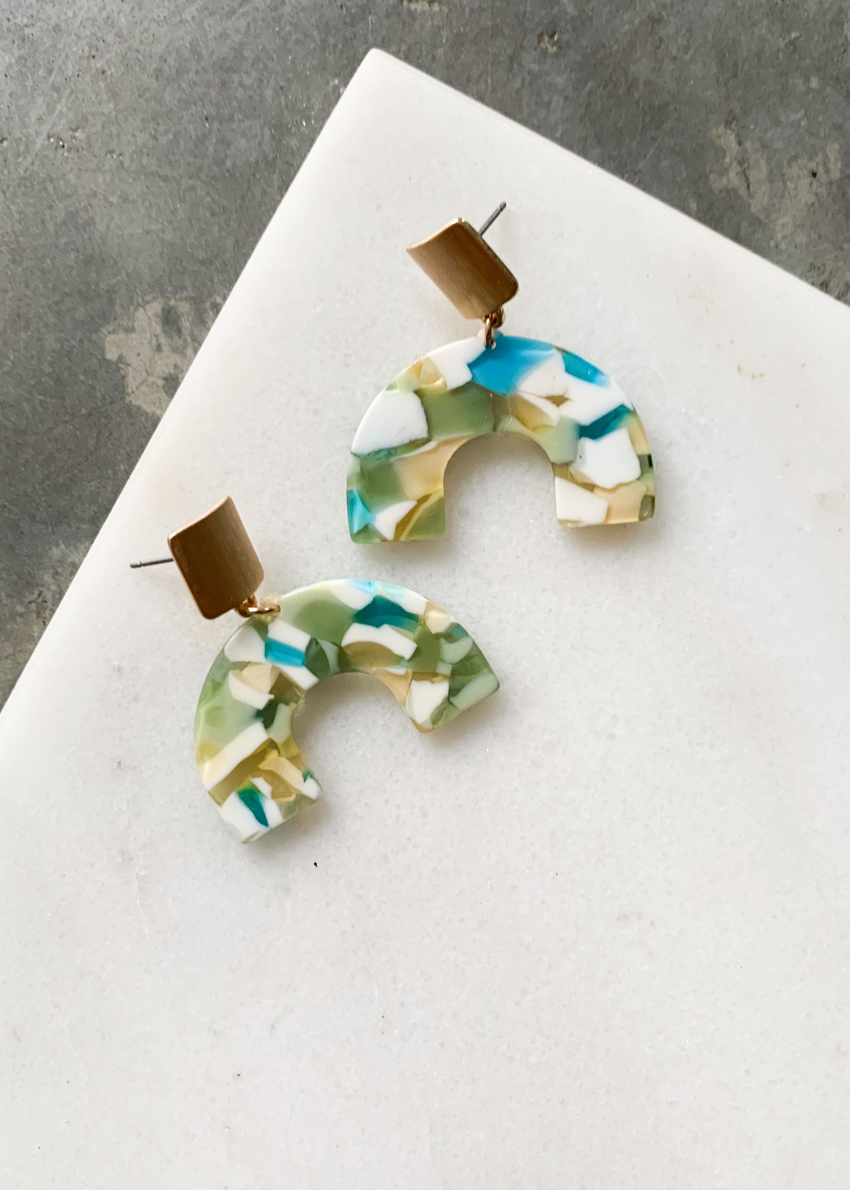 Elitaire Boutique Acrylic Arch Earrings
