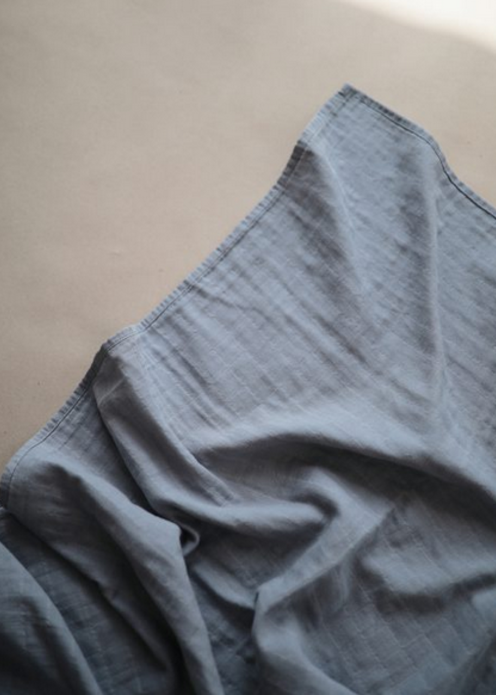 Elitaire Petite Muslin Organic Cotton Swaddle Blanket in Tradewinds