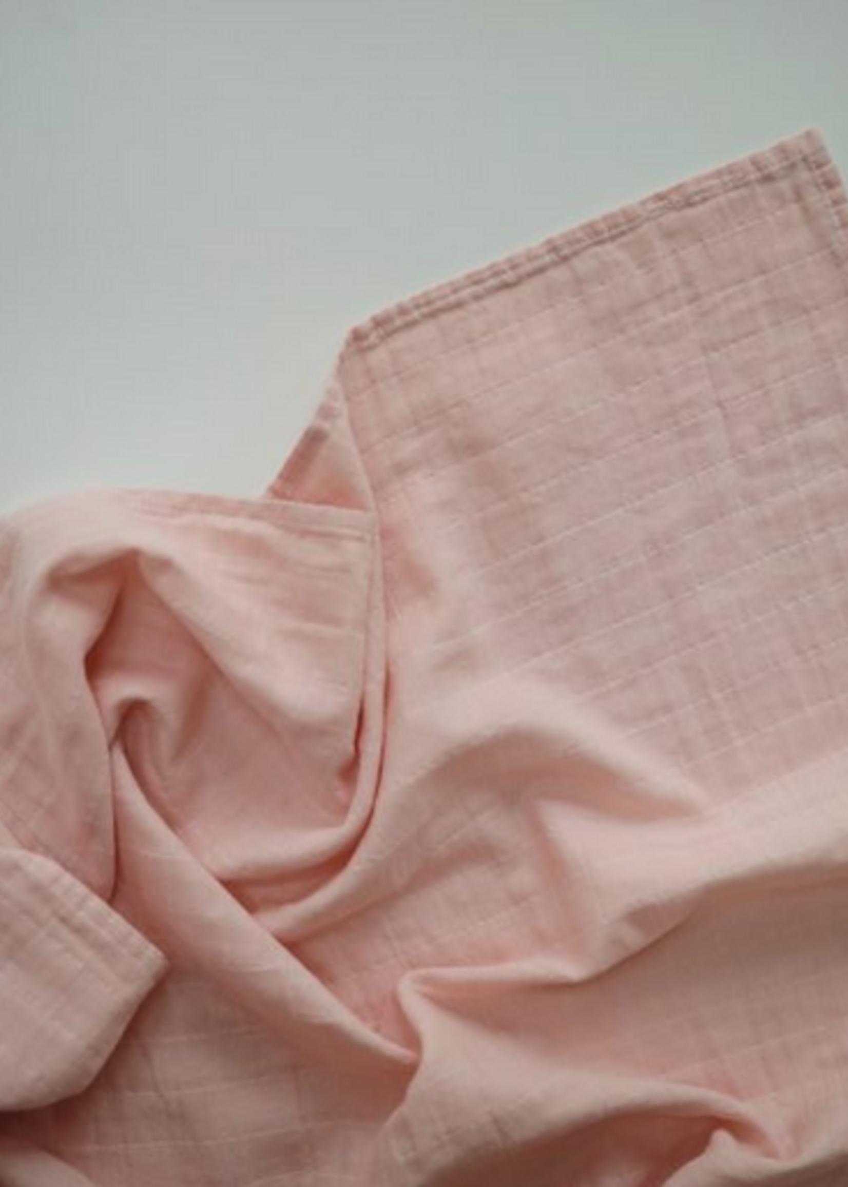Elitaire Petite Muslin Organic Cotton Swaddle Blanket in Rose Vanilla