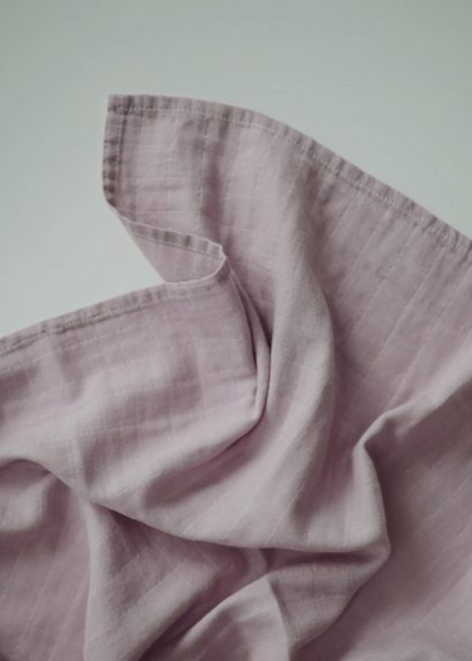 Elitaire Petite Muslin Organic Cotton Swaddle in Soft Mauve