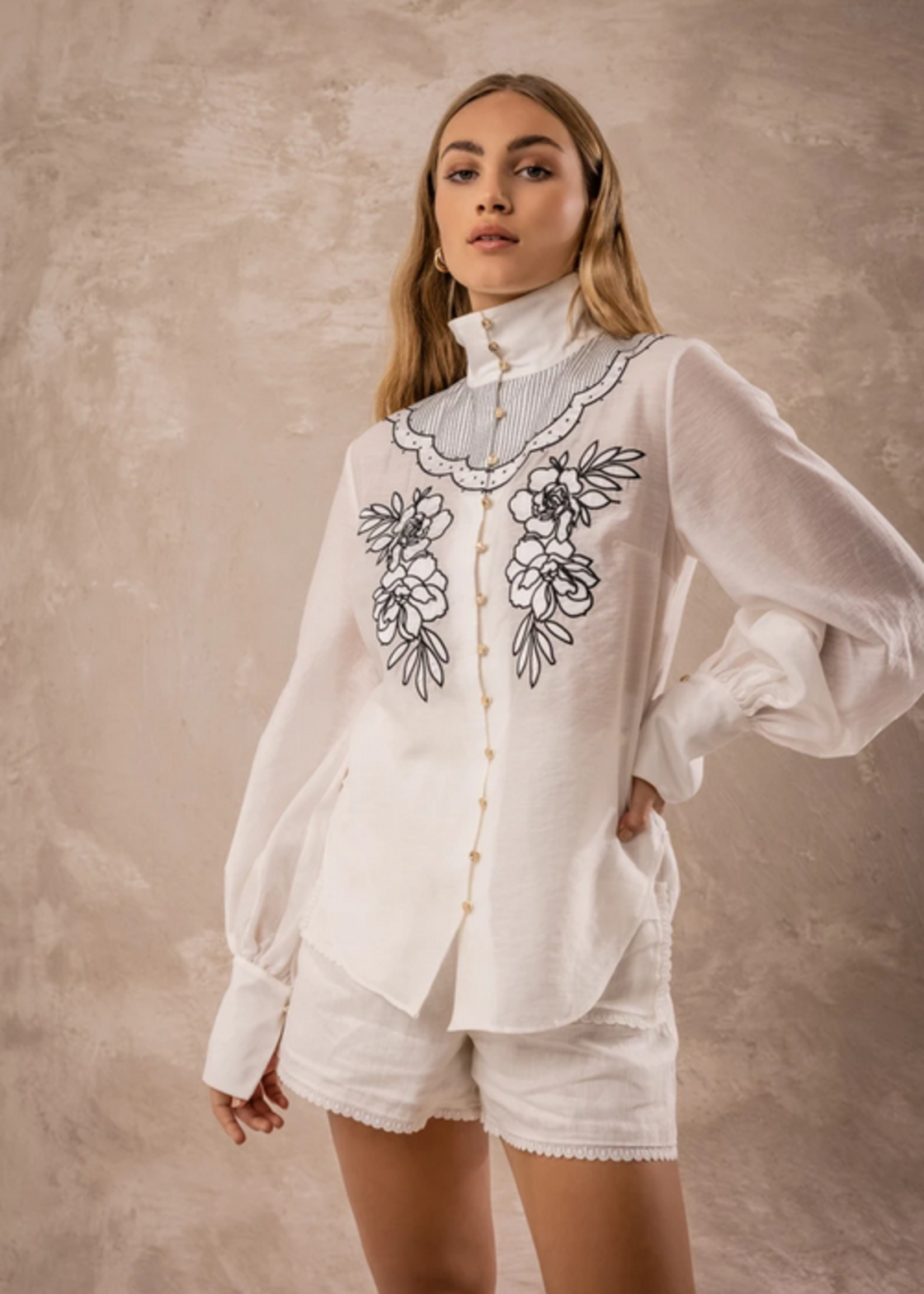 Elitaire Boutique Delta Shirt in Porcelain