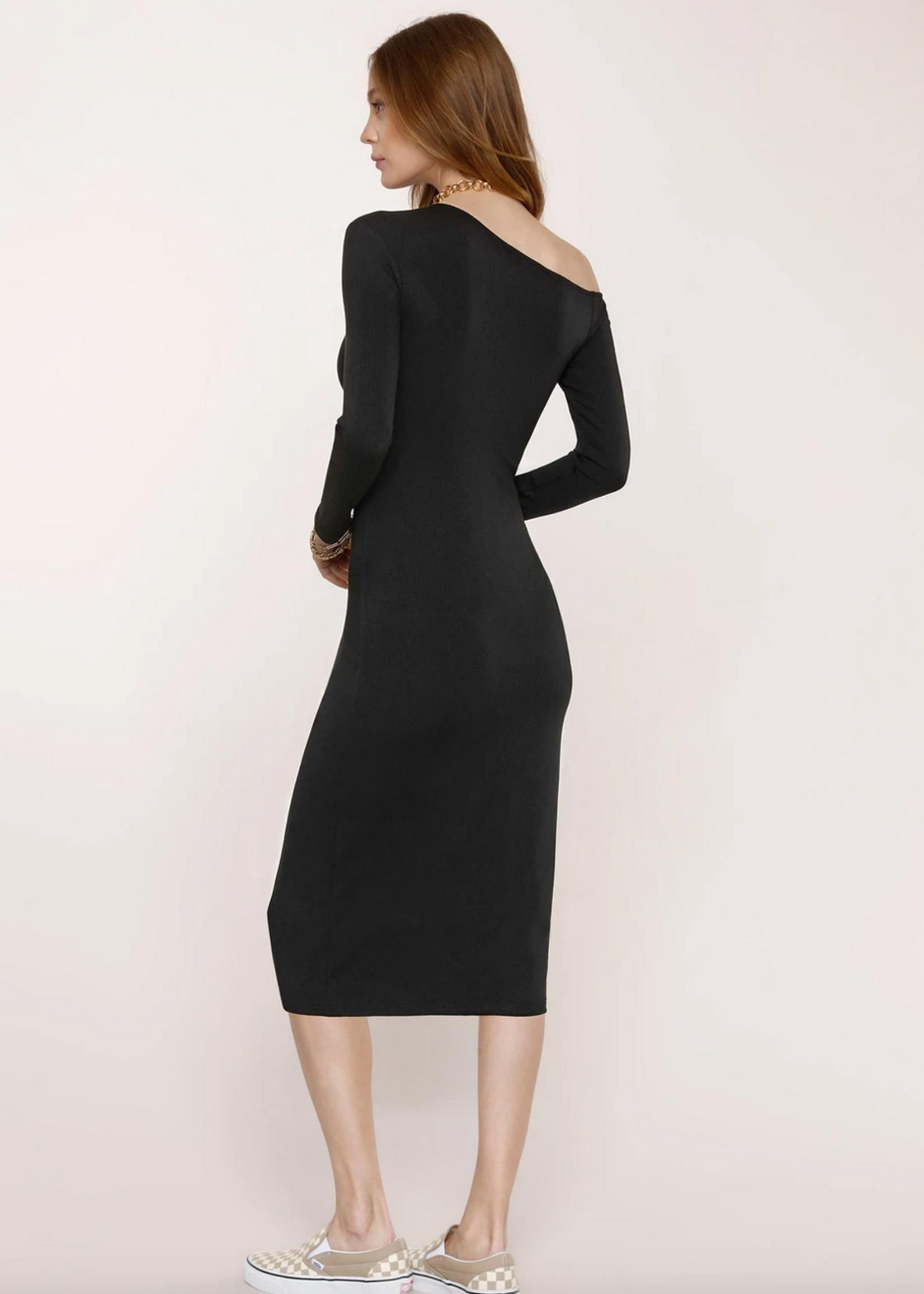 Elitaire Boutique Larisa Dress